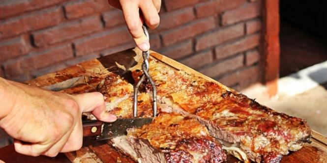 El consumo de carne vacuna en la Argentina está en el nivel más bajo de la historia
