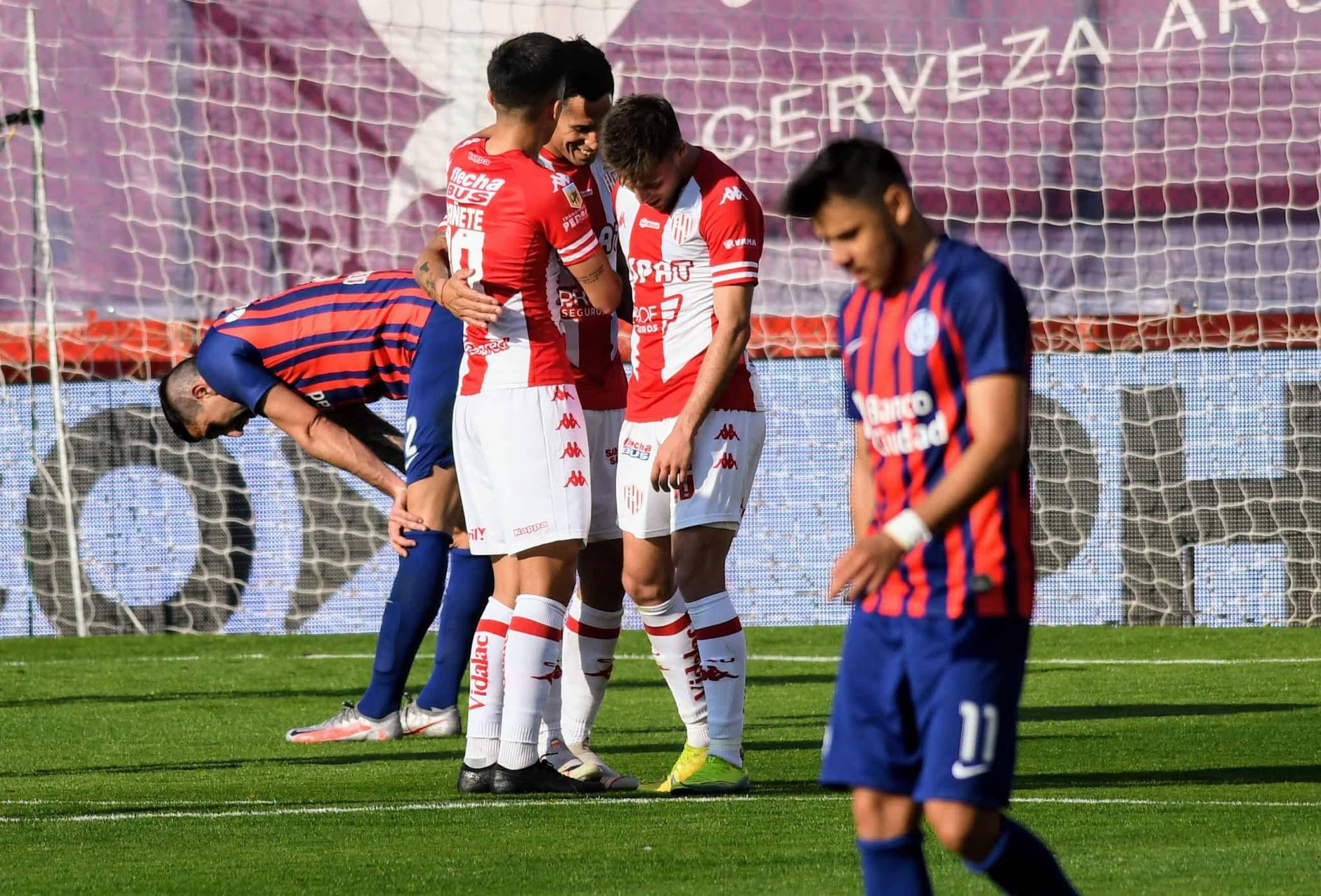 San Lorenzo no hizo pie en Santa Fe y fue goleado por Unión