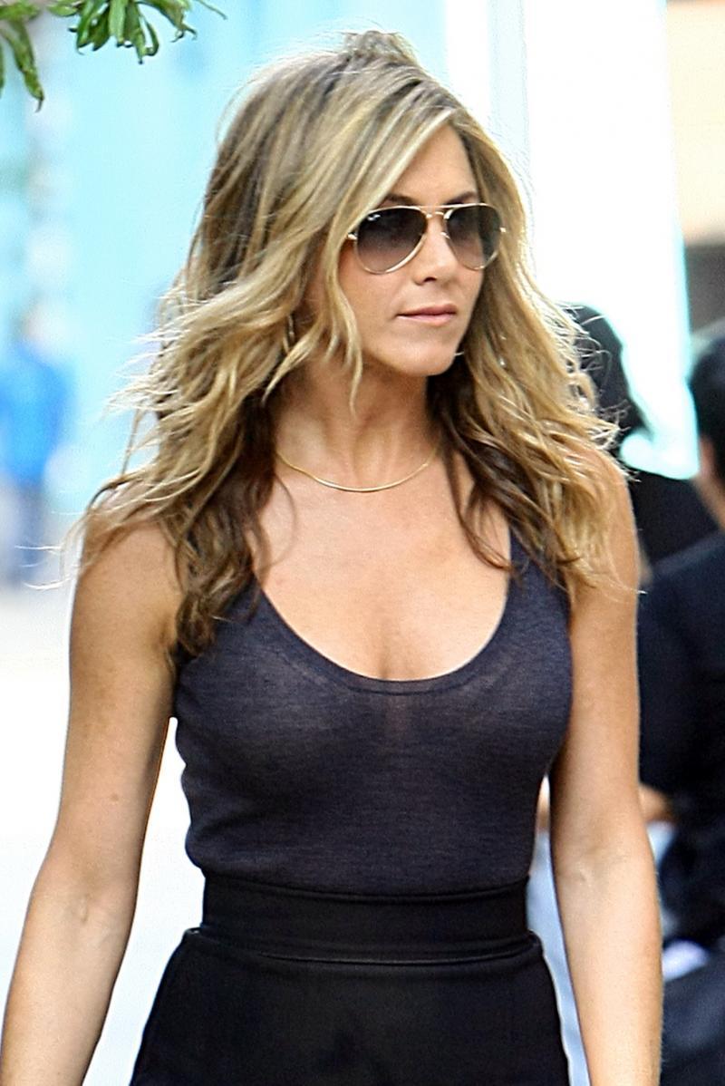 Jennifer Aniston is worst dressed at the 2016 Critics ... |Jennifer Aniston Photography
