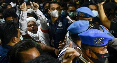 Munarman: Habib Sehat, Pesannya Hanya Satu Bongkar Penembakan 6 Laskar FPI