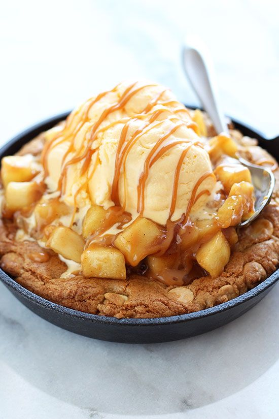 salted caramel apple pie pizza cookie