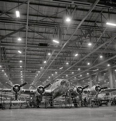 1942 Flying Fortress