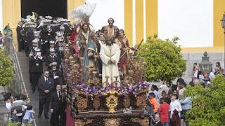 Las túnicas blancas en los Cristos de Córdoba ¿un error o un acierto?