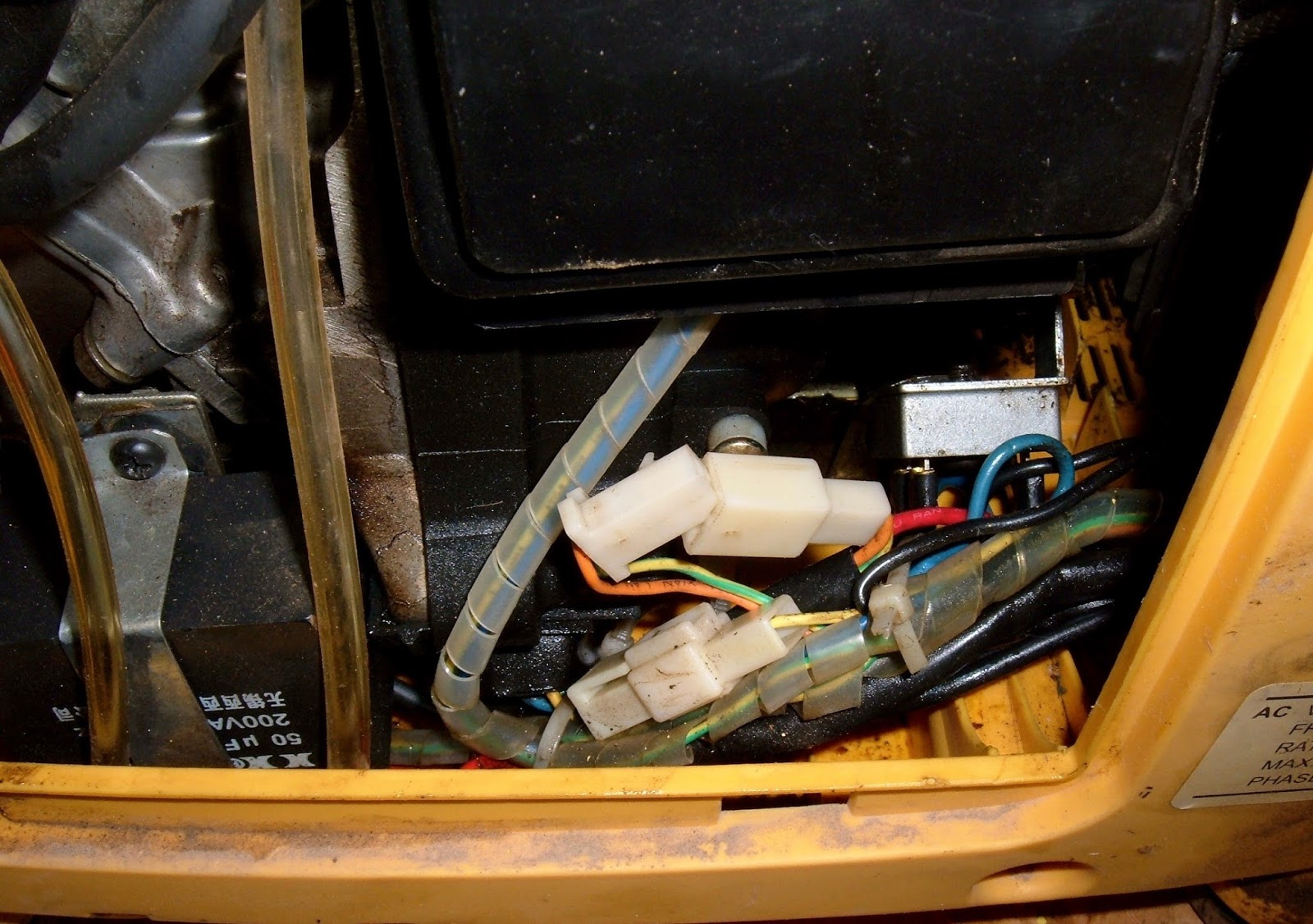 Syonyk's Project Blog: Replacing the Fuel Pump in a Kipor