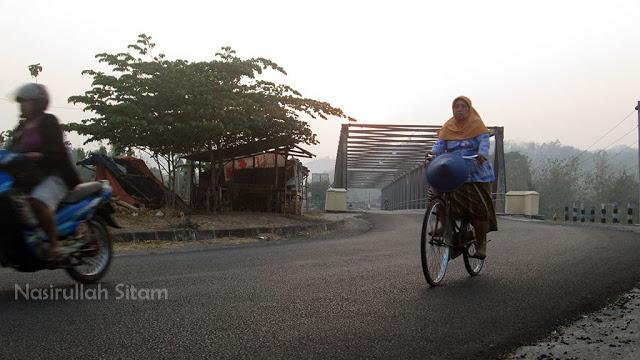 Simbah-simbah bersepeda setiap hari