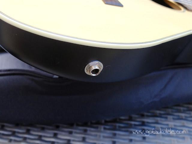 Clearwater roundback baritone ukulele jack socket