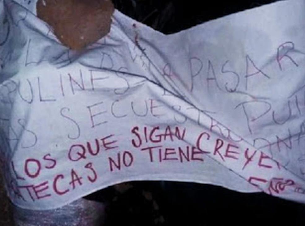 CJNG abandona en Zacatecas a dos decapitados con un Narcomensaje