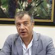 theodwrakhs-o-tsipras-einai-o-kalyteros-ma8hths-tou-paliou-systhmatos-pou-xreokophse-th-xwra