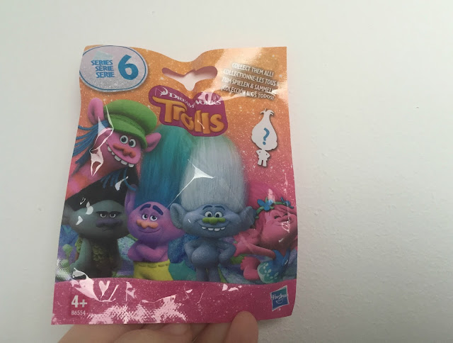Trolls blind bag surprise