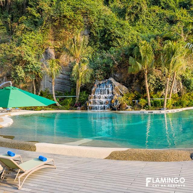thác nước charm pool