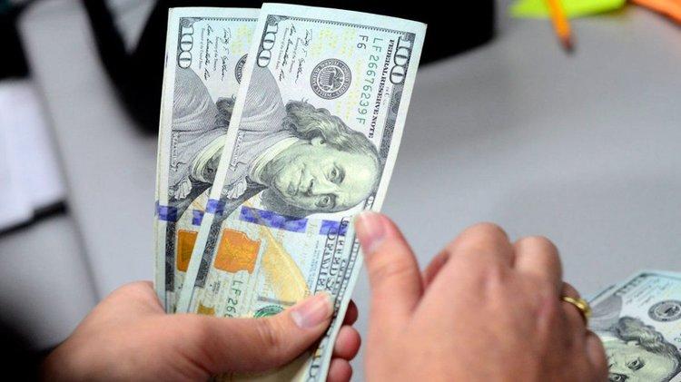 Inflación del 40,7% y un dólar oficial a $88 a fin de año según los economistas
