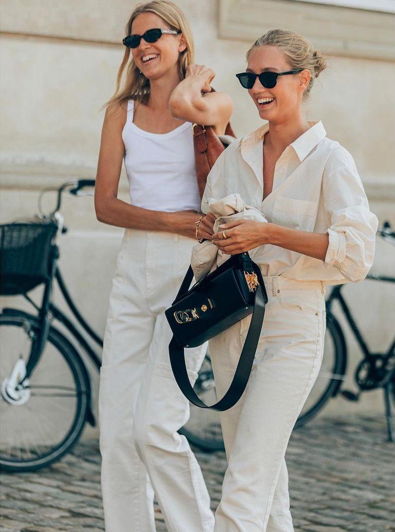 25 Best White Jeans — Summer Outfit Ideas Laura Julie and Amalie Moosgaard Nielsen Model Scandinavian Street Style