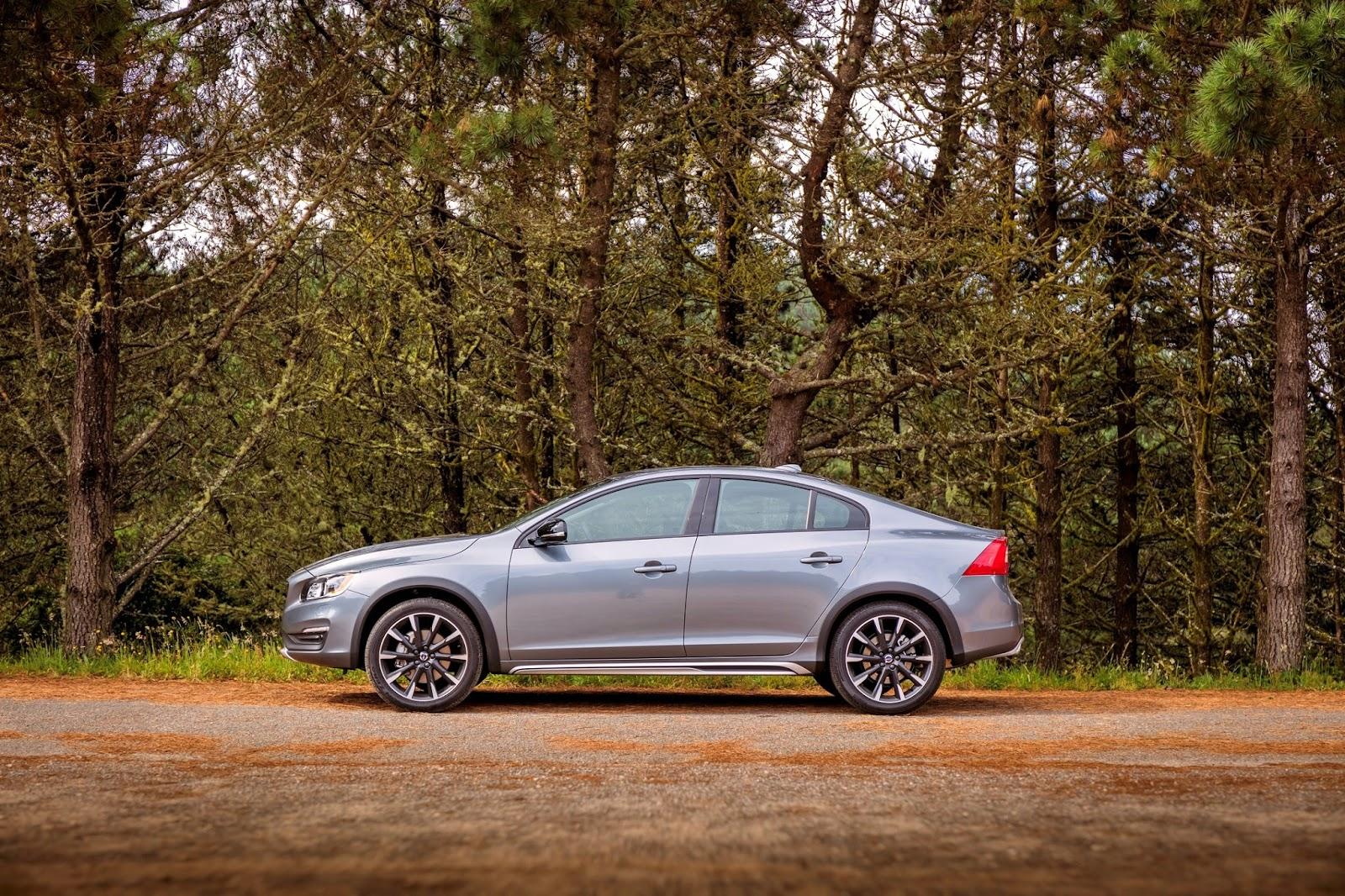 VOLVO%2BS60%2BCROSS%2BCOUNTRY%2B7 Η Volvo με το νέο S60 Cross Country δημιουργεί το πρώτο sedan με διττό χαρακτήρα