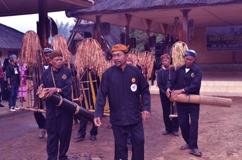 Dogdog Lojor, Alat Musik Tradisional Khas Banten