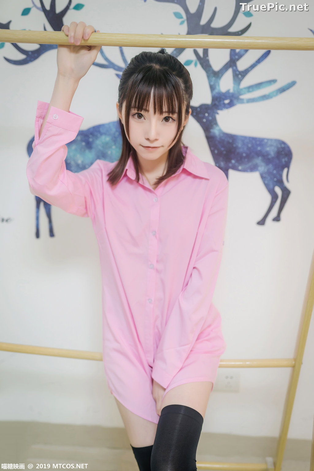 Image [MTCos] 喵糖映画 Vol.022 – Chinese Model – Pink Shirt and Black Stockings - TruePic.net - Picture-5
