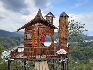 spot foto wisata bukit matang kaladan