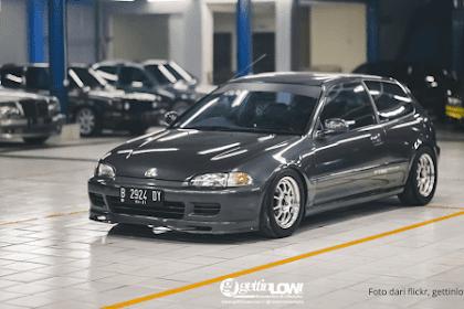 Miliki Desain Sporty, Yuk Intip Spesifikasi Mobil Honda Civic Estilo