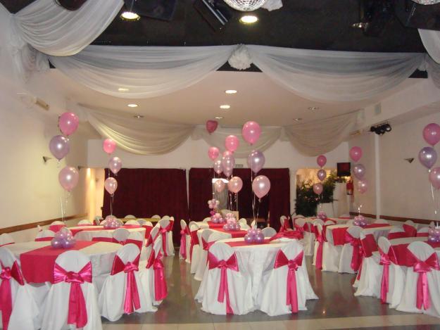 Abarate su fiesta decoraci n con telas for Decoracion en telas y globos para 15 anos