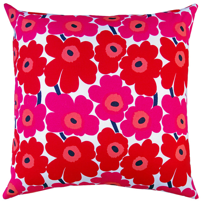 Drunkard's Path Pillow - back - Pieni Unikko by Marimekko