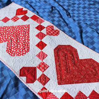 Sweetheart-Heart-Valentine-Table-Runner-Quilt Pattern