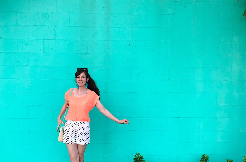Clearwater Florida fashion blogger polka dot shorts vacation outfit