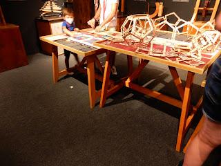 LEONARDO INTERACTIVE MUSEUMの多面体作成体験