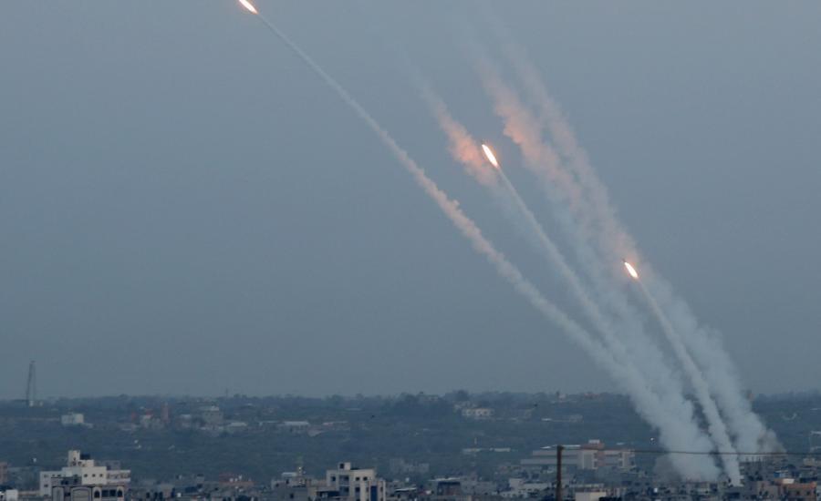 سقطت صواريخ من غزة على شمال الضفة الغربية لأول مرة