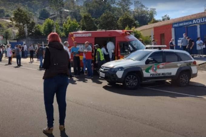 BÁRBARO: Jovem de 18 anos invade creche e mata a facadas 3 crianças e uma professora