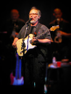 Walter Becker photo by Arielinson (Own work) [CC BY-SA 4.0 (http://creativecommons.org/licenses/by-sa/4.0)], via Wikimedia Commons