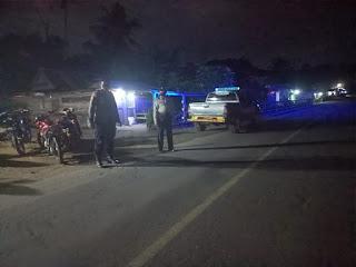 Kanit Provos Polsek Cendana Polres Enrekang Melaksanakan Patroli Blue Light Pada Jam Yang Rawan