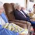 Αυτός ο σκύλος ρομπότ βοηθά όσους πάσχουν από Αλτσχάιμερ