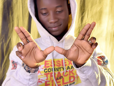 Biography of OLAVIBEZ the Nigerian singer
