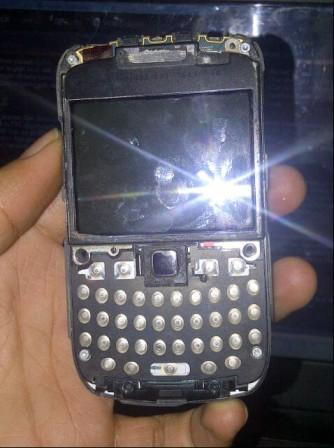 5 Bongkar Blackberry 8520