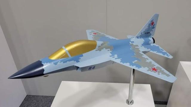 MiG Rusia Pamerkan Model Jet Ringan Mesin Tunggal dan Drone Pengisi Bahan Bakar