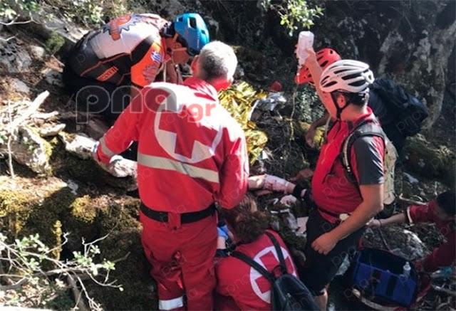 Ποδηλάτης έπεσε σε χαράδρα στη Βυτίνα Αρκαδίας - Μεταφέρθηκε σοβαρά τραυματισμένος στο νοσοκομείο