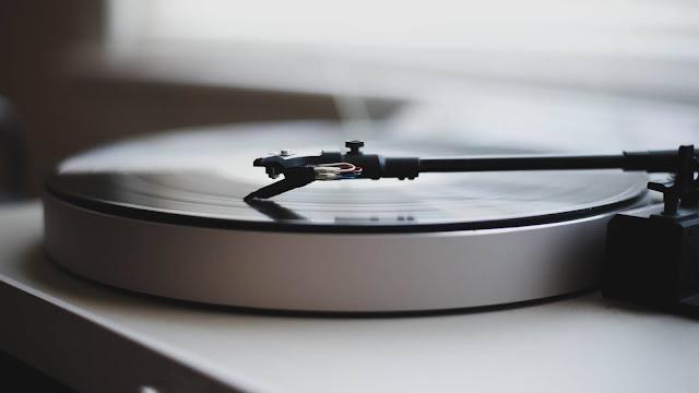 レコードの売り上げがCDを上回ったらしい