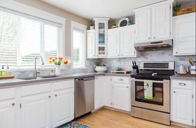 tips membersihkan lemari dapur