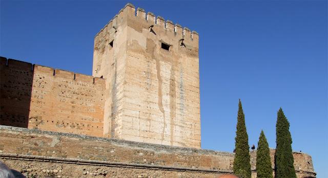 Resultado de imagen de torre del homenaje alhambra
