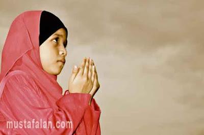 tata cara berdoa yang baik dan benar agar dikabulkan allah swt
