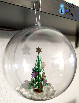 Bola_transparente_con_árbol_de_Navidad_Ideadoamano