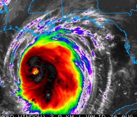 ΗΠΑ: Προς τις ακτές της Λουιζιάνας και του Τέξας κατευθύνεται ο κυκλώνας Λάουρα