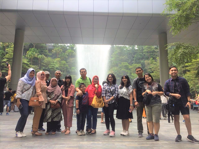 Paket tour batam singapore Murah