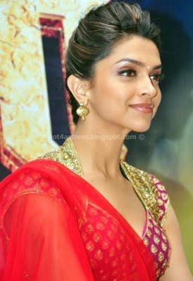 Deepika padukone hot saree