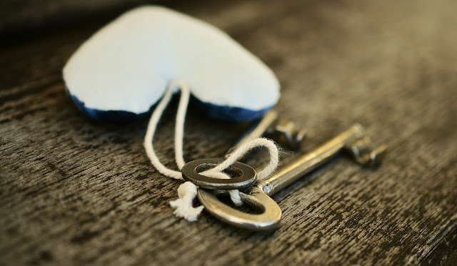 Keys on chain
