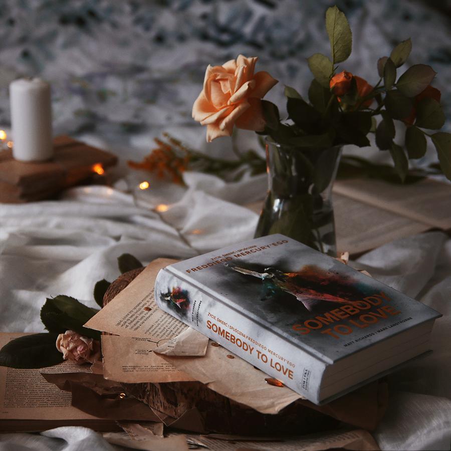 #97 Somebody to love. Życie, śmierć i spuścizna Freddiego Mercury'ego - Matt Richards, Mark Langthorne - recenzja - czy warto przeczytać?