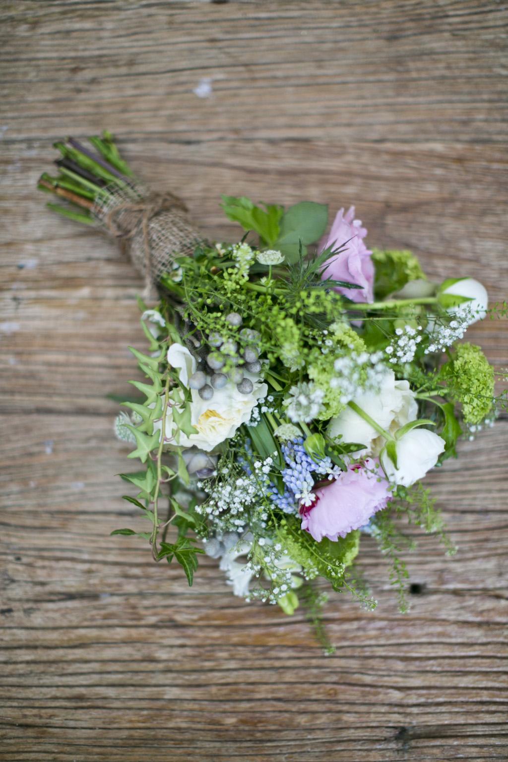 the flower magician wild flower wedding bouquet images by lottie designs. Black Bedroom Furniture Sets. Home Design Ideas