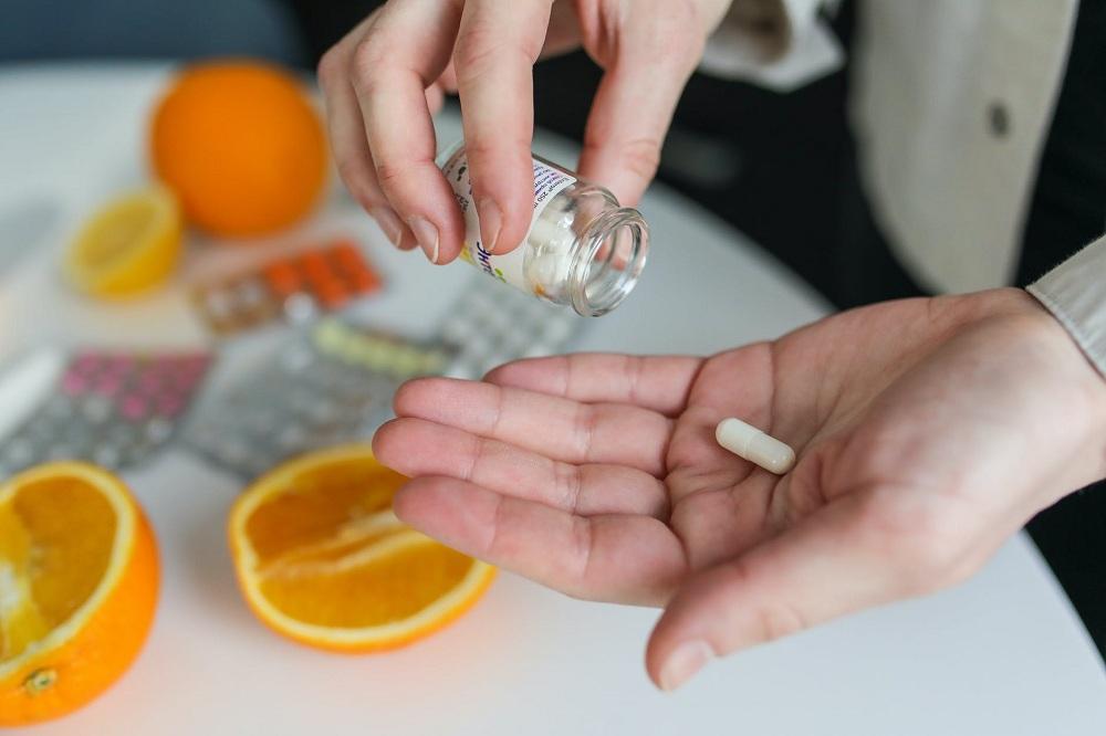 Cara Mengonsumsi Vitamin Dengan Benar