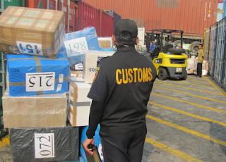 Import barang : Permasalahan Ekonomi Makro dan Kebijakan Ekonomi Makro