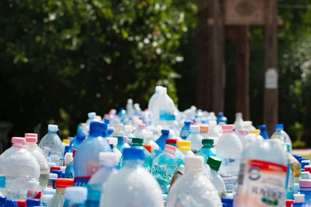 Bahaya Guna Semula Botol Plastik