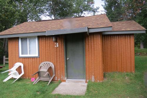 Powers Lodge cabin